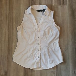 White sleeveless oxford button up shirt size small
